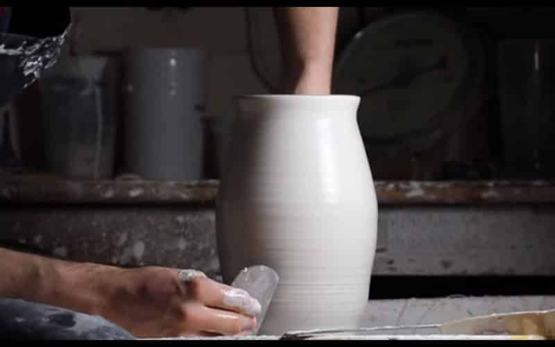 Throwing A Tall Long Necked Vase The Ceramic School